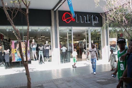 achimota-mall-s-mr-price.jpg